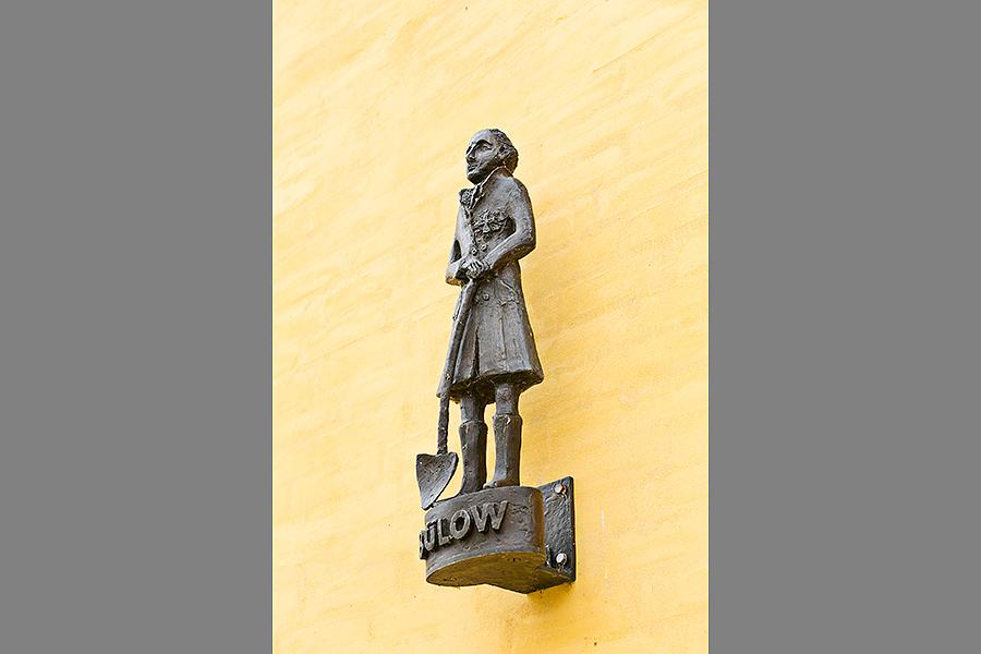 Udsmykning, Sorø. Keramiker Gerda Østergaard